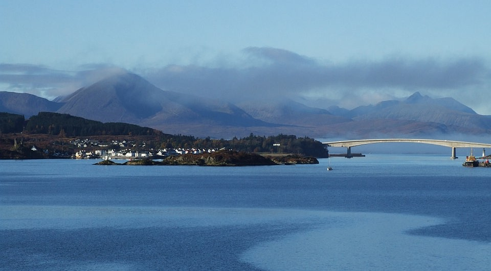 Kyleakin and the Skye Bridge